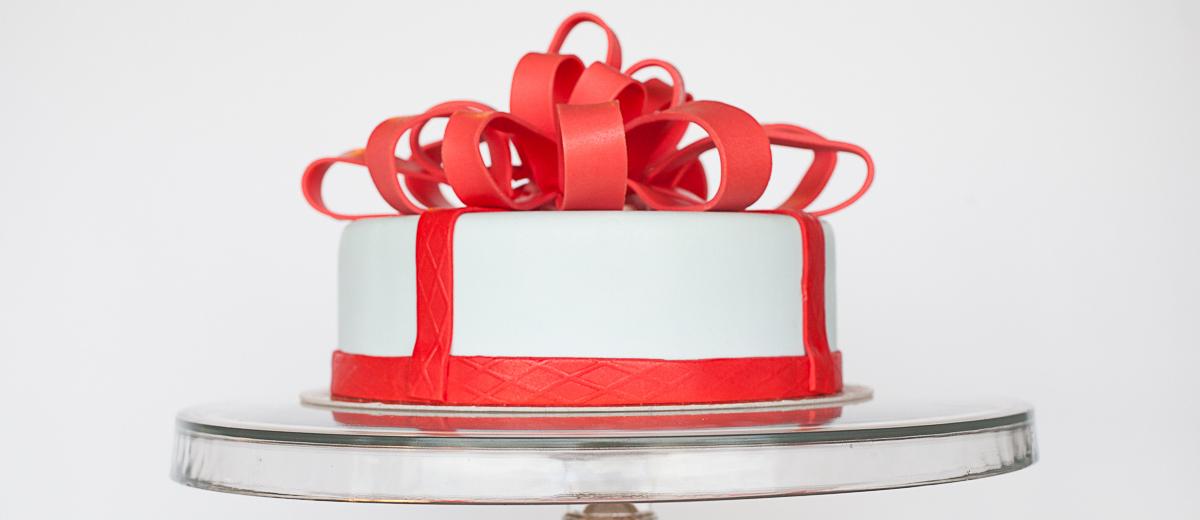 tort kokarda 1200x520